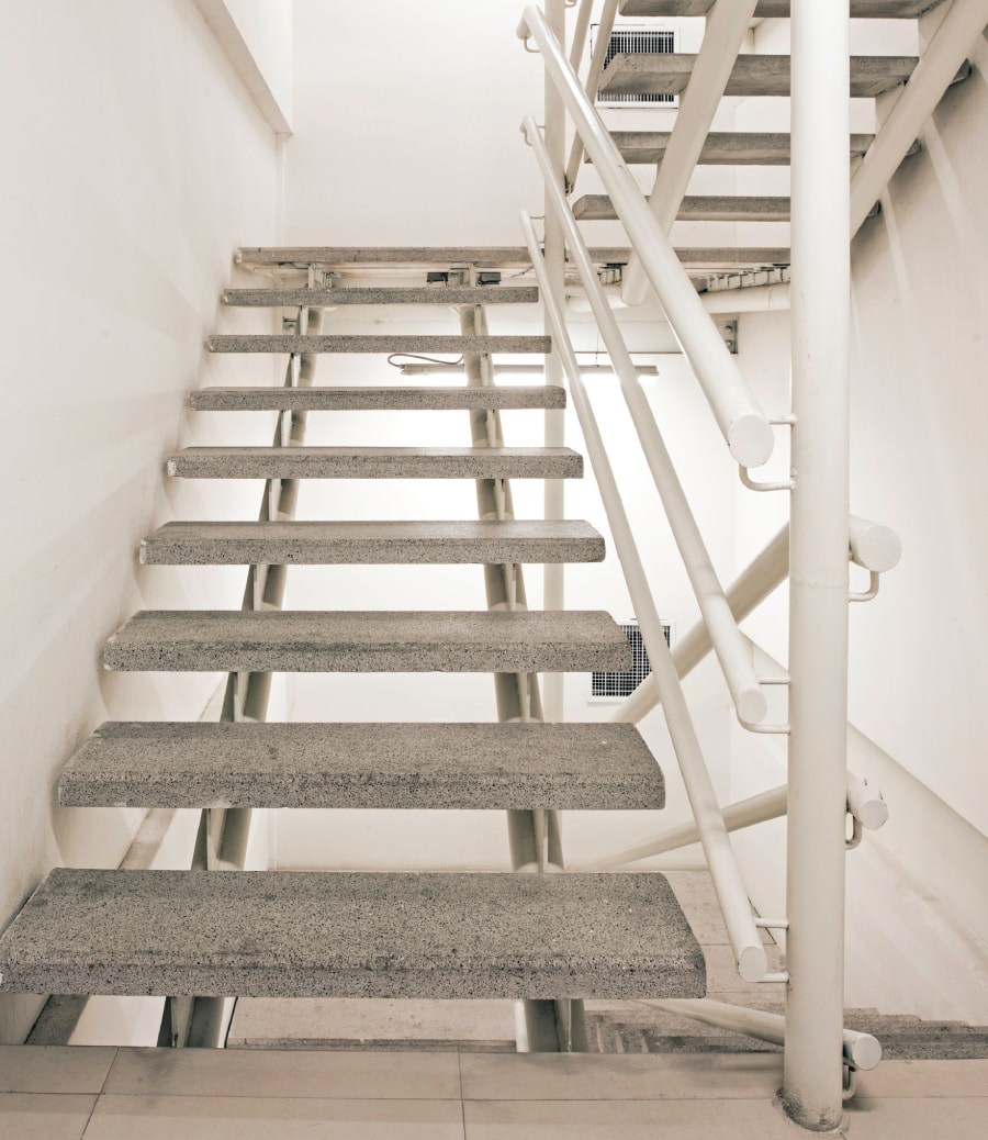 Opticretos escaleras prefabricadas de concreto for Como hacer una escalera de cemento